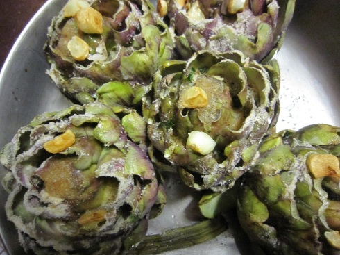 Artichokes with garlic oil