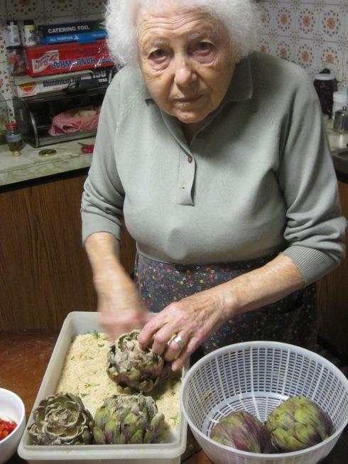 Nonna makes carciofi