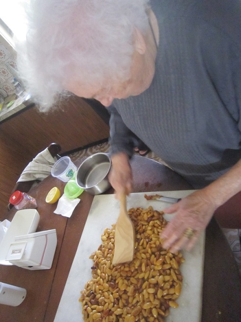 Nonna shaping the torrone