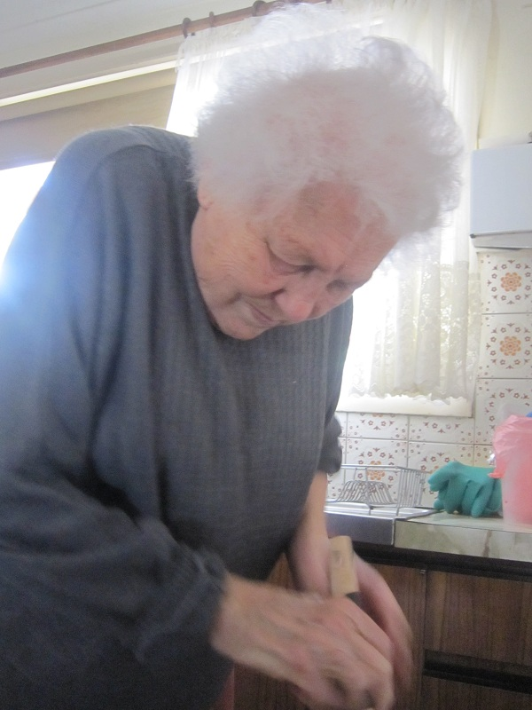 Nonna stirring