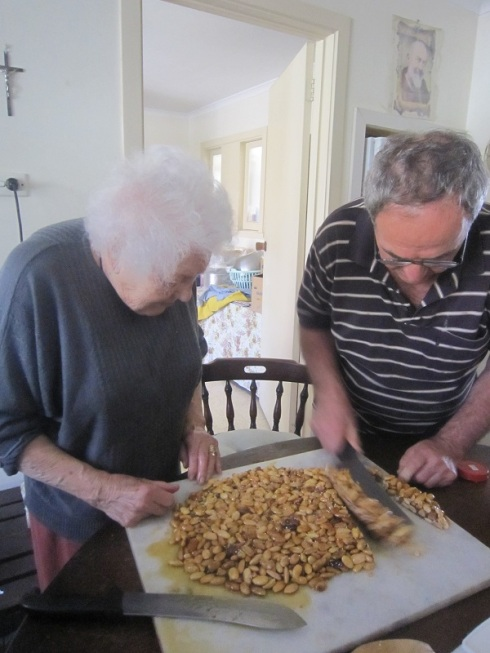 Dad cutting torrone